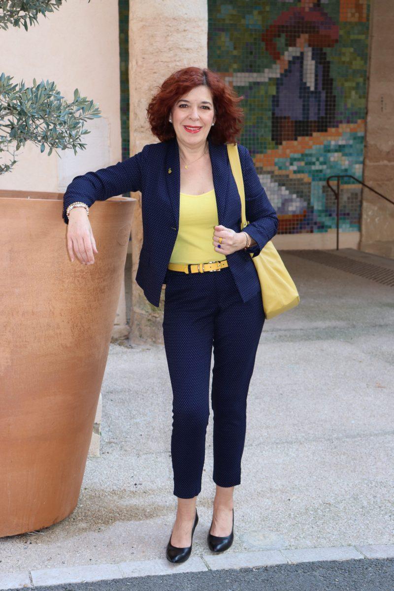 Laura Kent - mode - femme - costume - quinqua