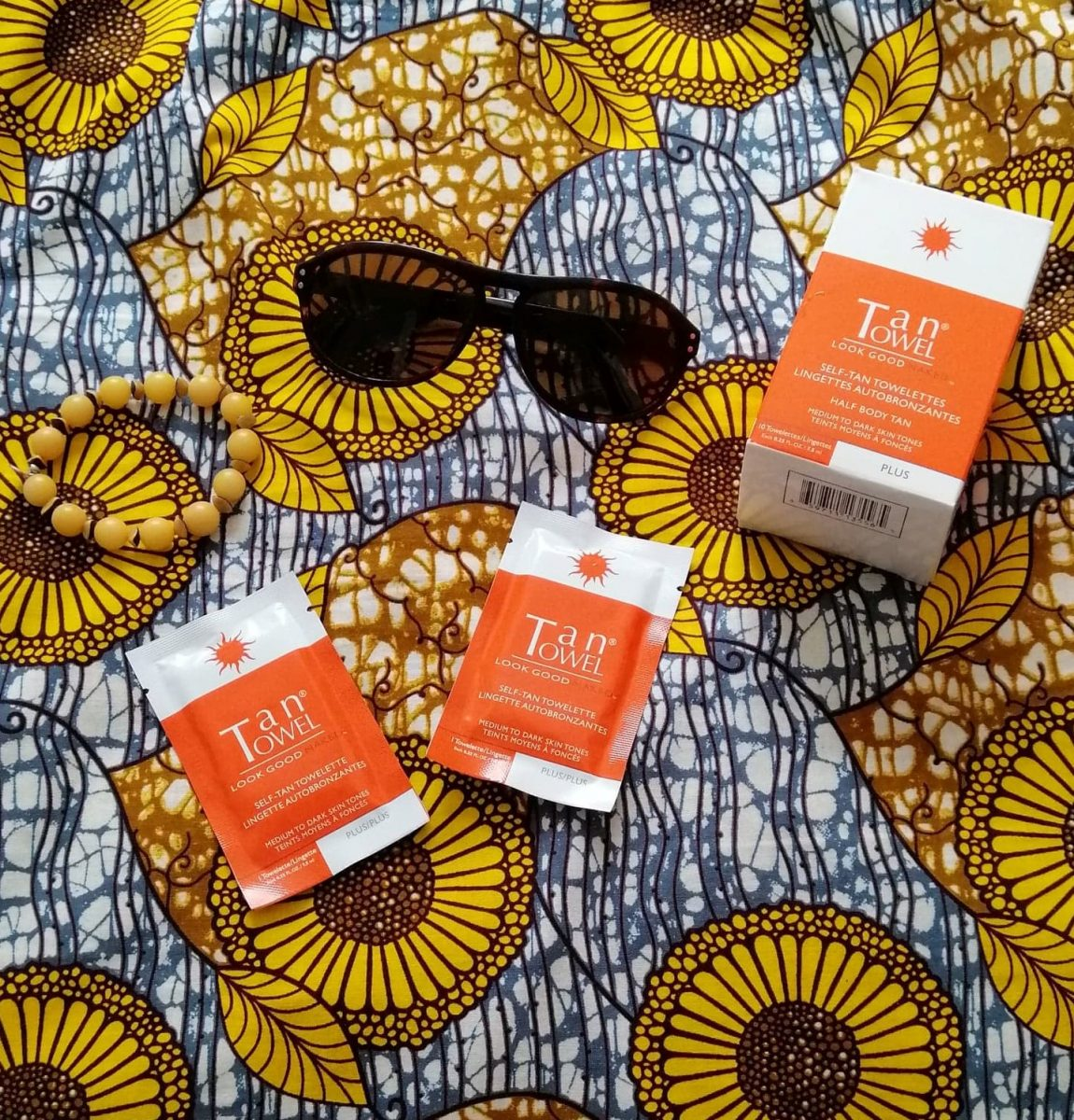 Team - beauté - quinqua - majuscules - tan towel - bronzage - été